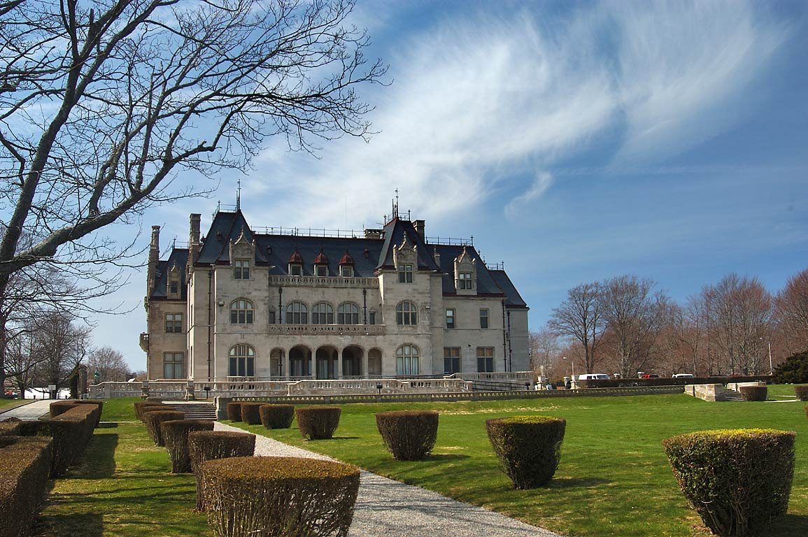 Download this Salve Regina University Newport Rhode Island picture